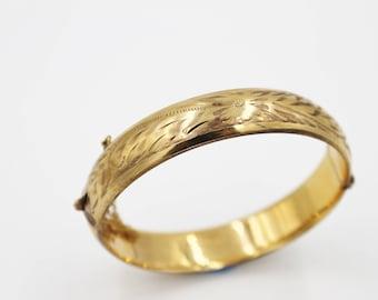 Smibo Goldfilled Bangle Vintage Bracelet. Floral Etched Design