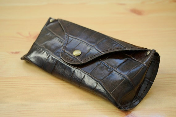 Glasses case,leather cover,alligator case,glasses cover,leather case,brown leather case,brown glasses case,mens glasses case