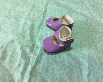 Lavender Mary Janes, doll shoes, fit Wellie Wisher, doll clothes