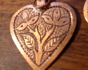 Copper Moroccan  small hand engraved  heart pendant with flower