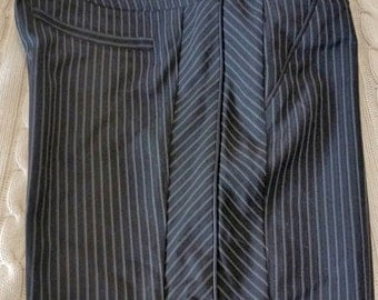 PANTS sz 6 : Vintage, but new. Beautiful Charcoal gray striped pants by CTARLOTTE RUSSE