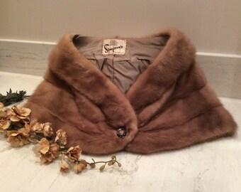 Vintage Dark Blonde Mink Fur Capelet, Vintage Mink Stole, Forties Fur, 1940's Formal Fur Wrap, Mink Wrap
