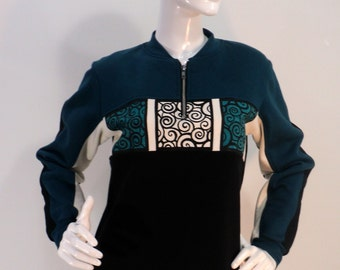 Sale priced size S/M block-printed sweatshirt in cotton fleece.