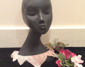 Vintage Hand Crocheted Pink Lace Collar, Vintage Lace, Vintage Crochet, Vintage Linens