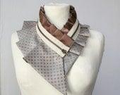 Collier plastron - idée cadeau femme, col en soie, collier femme, collier plastron, idée de cadeau (livré avec une boîte cadeau) #211