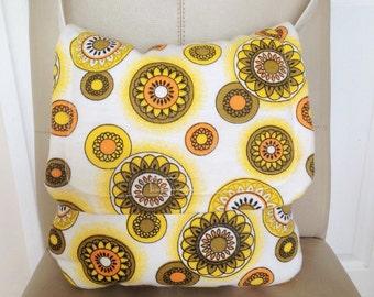 Hippie Messenger Bag, Hippie Handbag, Hippie Shoulder Bag, Handmade Vintage Bag, Flower Power handbag, Flower Power Bag,