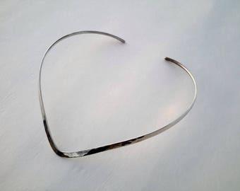 Designer Jewelry Ed Levin Sterling Silver V Shape Collar / Choker Necklace Signed