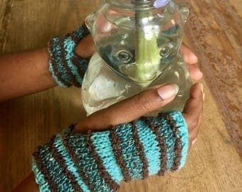 Hand knit hand warmers