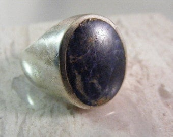 Vintage Mens Sodalite Dome Ring in  Sterling Silver.....  Lot 4973