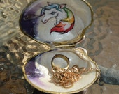 Ring Jewelry Box Is A Beautiful Rainbow Clam Shell  gold Gilding With The Image Of Unicorn In Side  Shell. Set Of Three DIY Shells 12.00