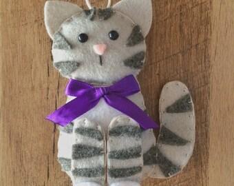 Cat Ornament - Personalized Ornament - Cat Gift - Felt Ornament - Tabby Cat - Kitten Ornament - Crazy Cat Lady - Pet Memorial - Felt Cat