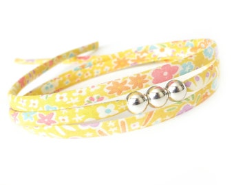 Cute birthday gift for girls, cheerful sunflower yellow bracelet with silver beads, sweet 16 birthday gift for young women