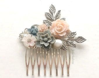 Pink Gray Wedding Hair Comb, Grey Blush Bridal Hair Pin, Silver Leaf Personalised Hair Slide, Custom Made Bridesmaids Gift, Flower Hair Clip