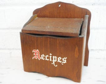 Vintage recipe box lidded wall mount wooden rustic primitive cottage kitchen, recipe storage box