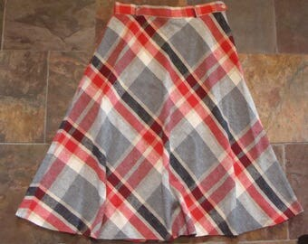 red gray VINTAGE PLAID WOOL skirt 1970's S M 30 waist