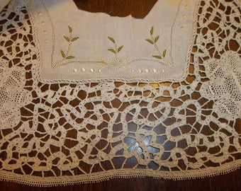 Antique FRENCH SILK & Lace  Silk Applique..Bodice Front..Collar..Lace Collectors..Free Shipping