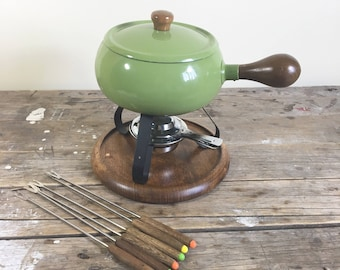 Fondue Pot, Avocado Green with original box, wood handle, stand