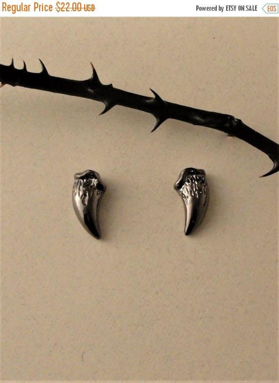Fang Studs, Fang Earrings, Stud Earrings, Black Fang Studs, Twilight Jewelry, Vampire Fangs, Gothic Jewelry, Gothic Earrings, Dark Souls,