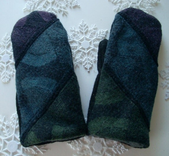 Black Wool Sweater Mitten