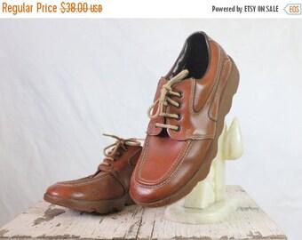 ON SALE Vintage 70's Cognac Brown Lace Shoes Sz 8