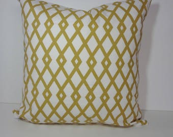 Robert Allen Designer Pillow Cover, Citrine Geometric Pillow Cushion. 20 x 20