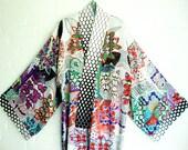 Summer Kimono White Elegant Long Pink Red Flowers Turqoise Light Blue Purple Black and White Dots Orange Geometric