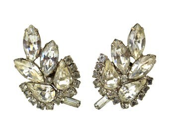 Vintage Weiss Clear Rhinestone Clip Earrings // Signed Designer Prong Set Navette Marquis Crystals, Silvertone Metal Leaf//Hollywood Glamour