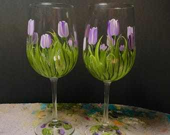 Tulip pair of wine glasses hand painted