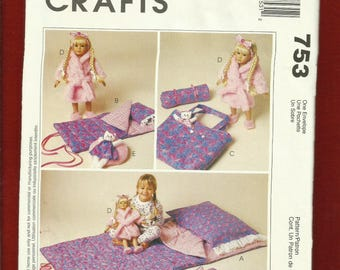 McCalls 753  Little Girl's & Doll Slumber Party Set Size for 18 Inch Doll UNCUT