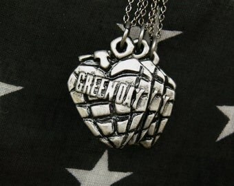 american idiot // heart grenade necklace. green day. polymer clay, silver toned.