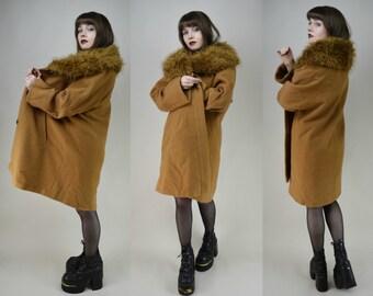 80s Tan Huge Faux Fur Collar Concealed Button Swing Coat M / L
