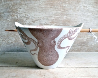 Octopus Noodle Bowl, Large Rice Chopsticks Bowl, Cephalopods, Natural History, Foodie Dish, Tentacles, Pho, Ramen, Soup Ready to Ship