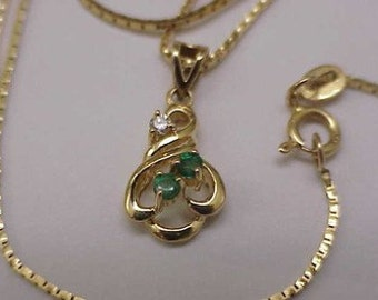 Estate Vintage 14k Yellow Gold  Genuine Emeralds & Diamond Pendant