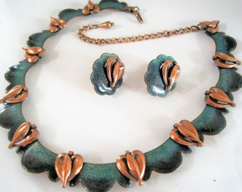 Matisse Necklace Earrings - Unsigned Queen Anne -  Teal Enamel -  Copper 50's - Book Piece