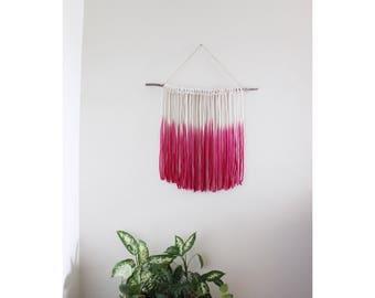 Rope Wall Hanging / pink