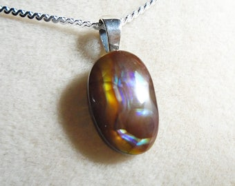 Mexican Fire Agate Pendant with Sterling Silver 1.1MM Serpentine Chain 18 Inches
