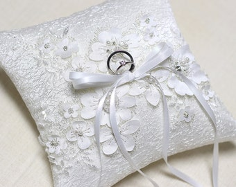 Lace ring pillow, wedding ring bearer pillow, wedding ceremony ring pillow, wedding ring cushion
