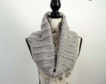 Chunky Ribbed Cowl - Crochet Pattern