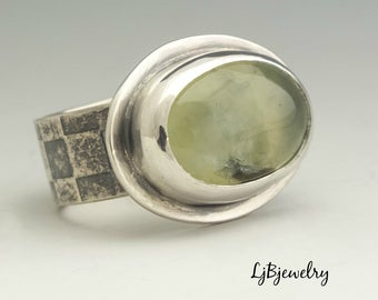Prehnite Silver Ring, Silver Ring, Statement Ring, Cocktail Ring, Sterling Silver, Prehnite, Metalsmith, Handmade, Artisan Jewelry,Size 8.25
