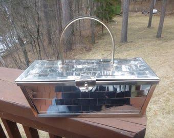 1950s Era Silver Metal Basket Weave Hand Purse            (T)