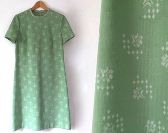 vintage green mod dress 60s 70s green floral dress a line dress pea green bridesmaid dress short sleeve dress white pattern retro dress L