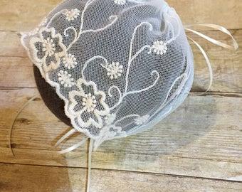 Newborn ivory Lace Bonnet, off White, Cream Baby Bonnet Lacy, hat