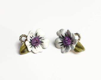 Rare Corocraft Earrings - Coro - 1950's Earrings - 50's Vintage Earrings - Signed Costume Jewellery - White Flower Enamel Clip On Earrings