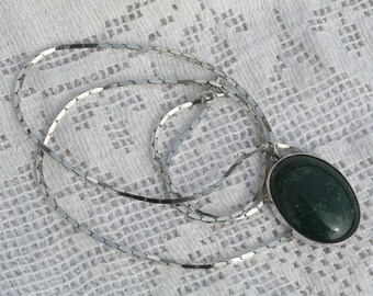 1970s Sterling Silver Bloodstone Pendant and Chain Necklace