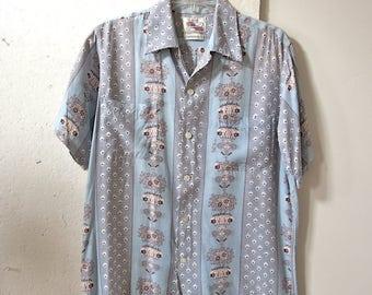 40s 50s Duke Kahanamoku Hawaiian Shirt - Rayon Aloha Shirt - Front Pockets - Panel Design - Men's Shirt