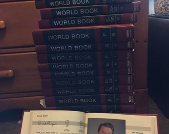 Entire Set 1986 World Book Encyclopedias