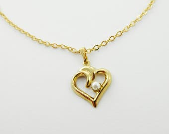 Pearl Heart Cutout Necklace