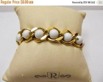 On Sale NAPIER Vintage White Beaded and Gold Tone Link Bracelet Item K # 1589