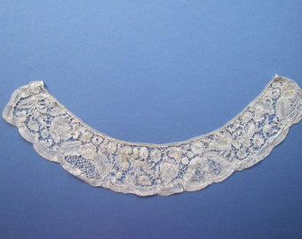 Antique Brussels Bobbin Lace - c.1760 approx - restyled Small Collar