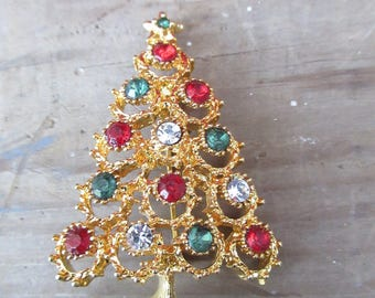 Elegant Christmas Tree Brooch/Vintage Gold Red and Green Tree Pin/Ladies Holiday Lapel Brooch
